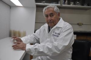 Ernesto Moreno tiene más de 40 años de trayectoria, entre sus líneas destacan el estudio de las razas de maíz resistentes a las aflatoxinas y almacenamiento hermético de granos y semillas